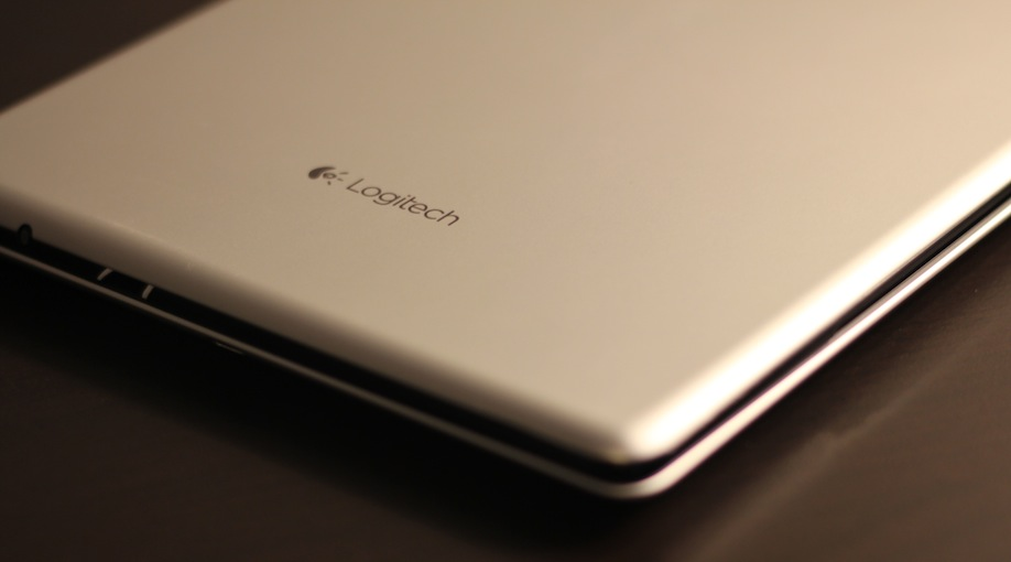 Logitech Ultra Thin Cover Keyboard